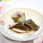 源 吉兆庵 - さくら餅と桜衣