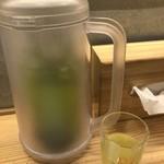 博多担々麺 とり田 - 水出し茶