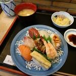 魚よし - 料理写真: