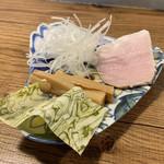 101017256 - 本日の気まぐれ限定らーめん 別皿トッピング(1,150円) 2019.1