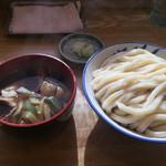 元祖武蔵野うどん めんこや - 肉汁うどん大盛り