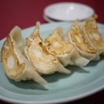 中国料理 廣東 - 焼餃子