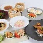 桃仙閣 - 料理写真:お昼の2500円(税別)のランチコース