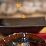 照寿司 - 2019.1 受精(天然トラフグ白子+大分鶏卵黄身+酢飯+北海道イクラ)