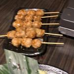 北新地 個室居酒屋 酒と和みと肉と野菜 - つくね串焼き