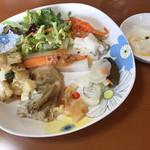 農村食堂 里のカフェ - おかずBARのお惣菜