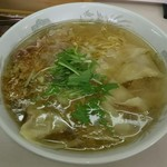 支那そば一麺 - 塩ワンタンメン(830円)