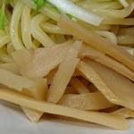 日本橋麺処こはる - 日本橋麺処 こはる @三越前 濃厚白湯つけ麺にトッピングされる歯応えを残して薄味に炊かれたメンマ
