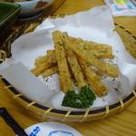 四ツ木製麺所 - フライド大根