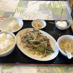 萬福 - レバニラ炒め(ランチ)