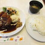 洋食 ジャンボ - ヒレ肉のビフカツ定食
