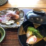 和の膳おざき - 料理写真:海老進丈・お刺身盛