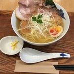 麺屋 猪一 離れ - 追い鰹そば  白醤油   ¥900