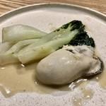 101076968 - 牡蠣と青梗菜の腐乳炒め
