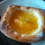 10108089 - 生フルーツのデニッシュ。出来立てがとにかく美味しかった!!