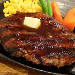 101081355 - 牛肉100%炭火焼ハンバーグ