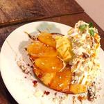 カフェ パンプルムゥス - 2月15~28日限定アップルパイのパンケーキ