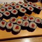 寿司居酒屋 喜八 -