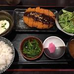 魚 野菜 酒 しゃばらむ - お肉のランチ800円です