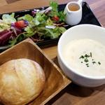 福菱 Kagerou Cafe - 桐生酵母パン・サラダ・季節のスープセット