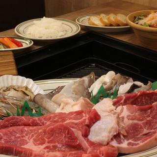 お腹も大満足!自慢のBBQ肉含めた食べ飲み放題
