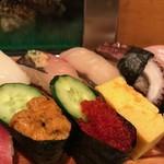 大和鮨 - うにととびこがおいしかった