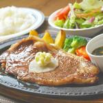 お食事処 庄屋 - 自家産肉の牧場ステーキ
