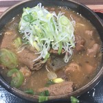 谷川岳パーキングエリア(上り線) スナックコーナー - もつ煮
