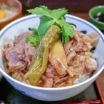 神戸牛丼 広重 - 大盛りは肉も増量!