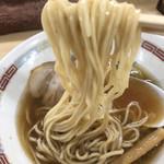 煮干鰮らーめん 圓 - 麺リフト