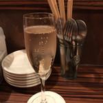 ワイン食堂 イタダキヤ - スパークリング