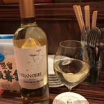 ワイン食堂 イタダキヤ - チリ産ソーヴィニヨンブラン
