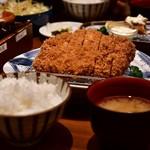 とんかつ 神楽坂 さくら - ロース定食 林 SPF(180g)@2,180円