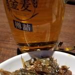 プライベート個室×旬菜居酒屋 魚々ろ - ビールとお通し。
