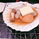 新宿 ふぐ一郎 - ホタテの貝焼き