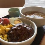 スローライフガーデン - 料理写真:日替り丼ランチ(2019.01.現在)