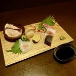 瀬戸内鮮魚料理店 - 料理写真:[2018/12]刺し盛り