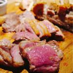 Italian Barcafe KIMURAYA - 選べる肉の盛り合わせ