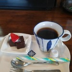 居食屋ごうげ - 昼定食(コーヒー、チョコレートケーキ)