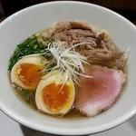 101185163 - 【牛塩味玉らぁ麺】¥850