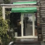 クロスティ - 店舗入り口