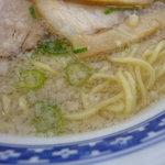 万両力石 - 麺とスープ