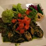 ル・マルカッサン - 牡蛎とキノコの香草バター風味