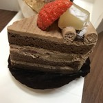 ラ・クレームデ・クレーム - 生チョコのショートケーキ  480円