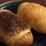 101204762 - 塩パン2種