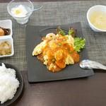 シーアン - 地養卵のチーズ入りエビ玉子炒めチリソース