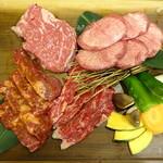 肉菜工房うしすけ - 特選うしすけ盛り合わせ(3~4人前)