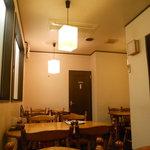 わらべ菜魚洞 - テーブル席
