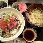 そば処 かねこ - 100128 マグロたたき丼+ミニきしめん付き1000円