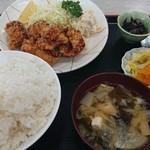 魚忠食堂 - 唐揚げ定食